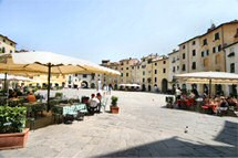 The Piazza, Lucca