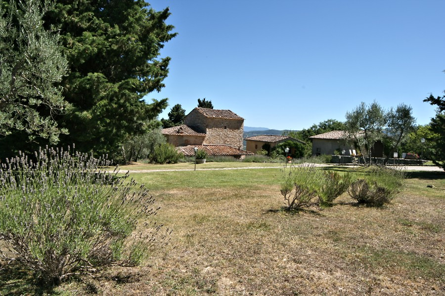 The house and capanne from the park